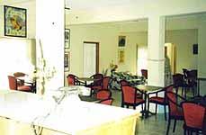 restaurant2_frombar